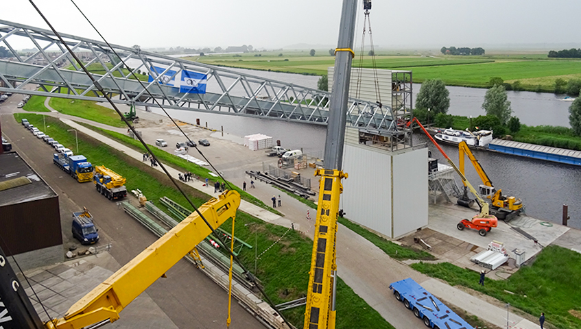 High-grade conveyor bridge