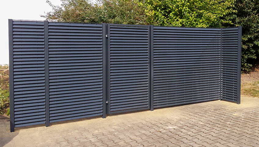Eyecatcher: privacy fencing